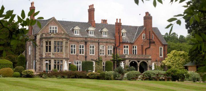 01 Manor
